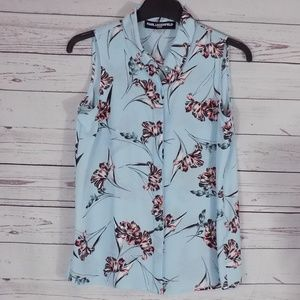 Sleeveless button down floral Karl Lagerfeld small